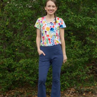 Mountain Pose Pants and Tonic Tee, pattern review by thepetitesewist.com